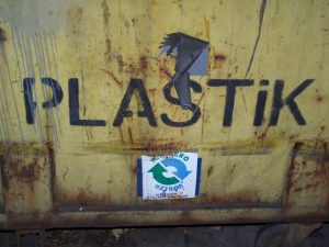 plastics BPA hormone damage 300x225